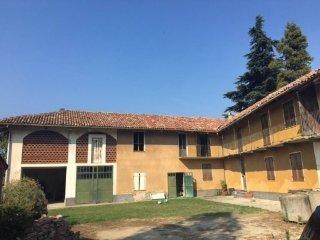 Foto 1 di Rustico / Casale via San Rocco 40, Rodello