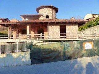Foto 1 di Villa via Luigi Mussi, Roddi