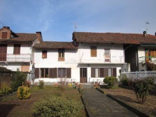 Foto 1 di Casa indipendente via Molino 3, Lamporo