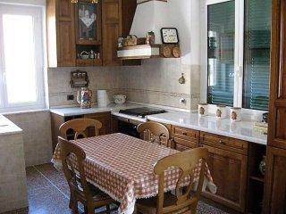 Foto 1 di Trilocale via Vittorio Veneto, Uscio
