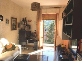 Foto 1 di Appartamento via Achille Grandi, frazione Piccarello, Sant'olcese