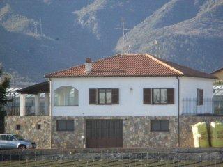 Foto 1 di Villa SP3, Albenga