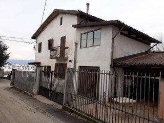 Foto 1 di Villa via Cairoli, Cerro Tanaro