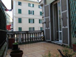 Foto 1 di Appartamento via Dufour, Genova (zona Cornigliano)
