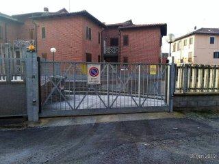 Foto 1 di Box / Garage strada Tagliaferro 24, frazione Tagliaferro, Moncalieri