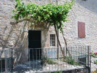 Foto 1 di Trilocale Località Cá Benassi, frazione Veggio, Grizzana Morandi