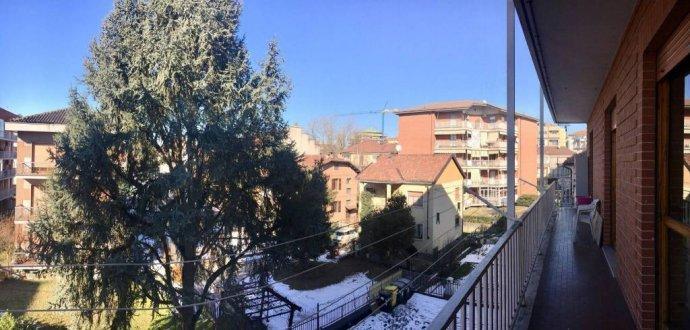 Foto 7 di Quadrilocale via Ruggero Leoncavallo 6, Asti