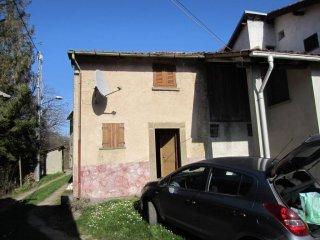 Foto 1 di Rustico / Casale frazione Borlasca, Isola Del Cantone