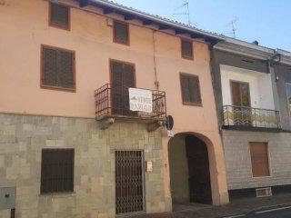 Foto 1 di Rustico / Casale corso Gabriele D'Annunzio 71, Cigliano
