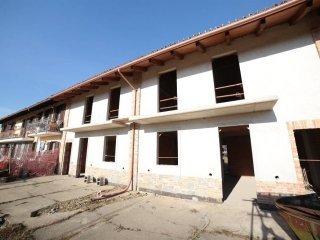 Foto 1 di Villa via Monteu Roero 31, frazione Tuninetti, Carmagnola