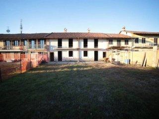 Foto 1 di Villa via Monteu Roero 31, Carmagnola