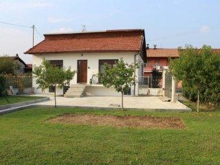 Foto 1 di Villa via Lusigliè, San Giusto Canavese