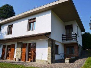 Foto 1 di Villa via Porrettana 172, Sasso Marconi