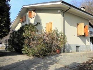 Foto 1 di Villa via Giovanni Dominici, Porte