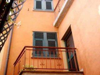 Foto 1 di Attico / Mansarda via Caminata 79, frazione Caminata, Ne