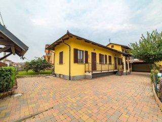 Foto 1 di Villa via Santuario 23, Polonghera
