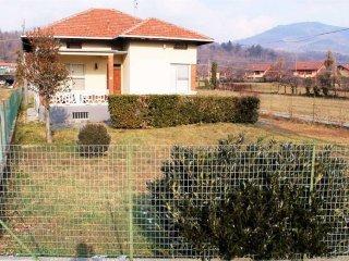 Foto 1 di Villa via Torre Majet, 21, Lanzo Torinese