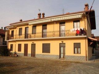 Foto 1 di Quadrilocale via Rivarolo, Castellamonte