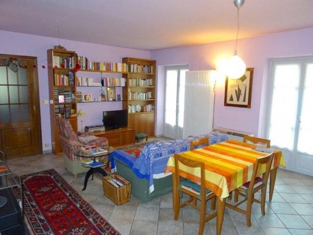 Foto 2 di Trilocale Via Monsignor Rossi, Asti