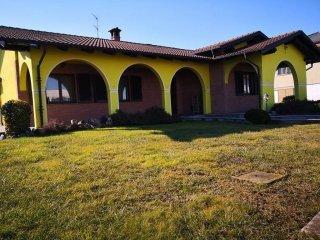 Foto 1 di Villa vicolo Michelangelo Buonarroti 15, Bianzè