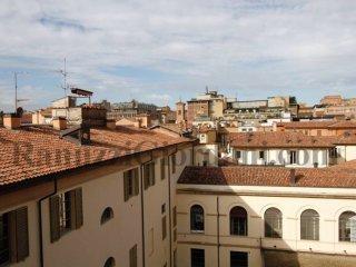 Foto 1 di Loft / Open space via Galliera 13, Bologna (zona Centro Storico)