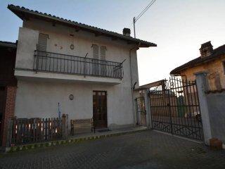 Foto 1 di Villa via San Giovanni 57, frazione San Giovanni, Carmagnola