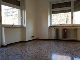 Foto 1 di Quadrilocale corso Traiano, 70, Torino (zona Mirafiori)