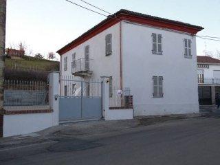 Foto 1 di Villa via Roma, Grazzano Badoglio