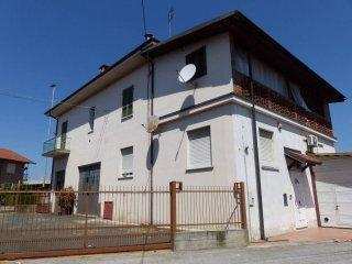 Foto 1 di Appartamento via Circonvallazione Giovanni Giolitti 15, Torre San Giorgio