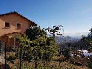 Foto 1 di Villa via Serra 2, Monticello D'alba