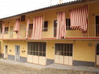 Foto 1 di Appartamento via Giuseppe Garibaldi, Cuceglio
