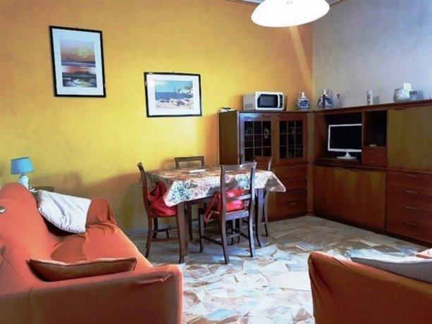 Foto 6 di Trilocale via Cagliari 4, Borghetto Santo Spirito