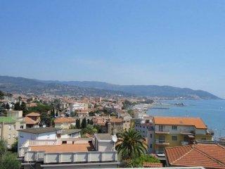 Foto 1 di Bilocale via Divina Provvidenza 1, Diano Marina