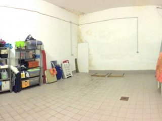 Foto 1 di Box / Garage via Torino 97, Trofarello