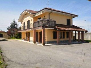 Foto 1 di Villa via Villastellone 3, frazione Casanova, Carmagnola
