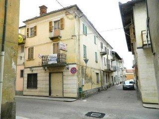 Foto 1 di Palazzo / Stabile via Roma 7, Buttigliera D'asti