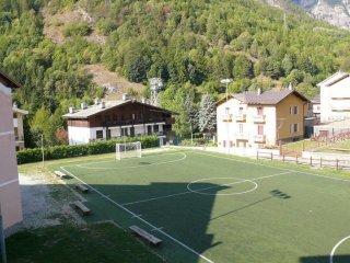 Foto 1 di Bilocale via Umberto I 100, Fenestrelle