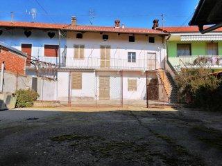 Foto 1 di Rustico / Casale via Giuseppe Garibaldi 200, frazione Tonengo, Mazzè