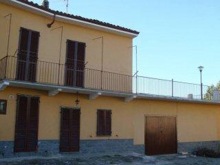 Foto 1 di Casa indipendente via San Carpoforo 120, frazione Cantavenna, Gabiano