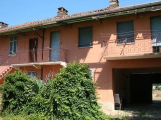 Foto 1 di Casa indipendente via 1 Maggio 16, Pezzana