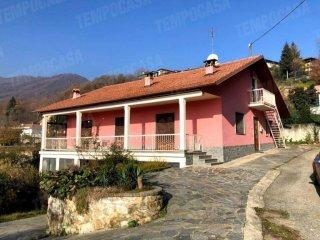 Foto 1 di Casa indipendente via costa, Pratiglione
