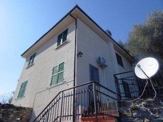 Foto 1 di Trilocale Frazione San Lorenzo, frazione San Lorenzo, Stellanello