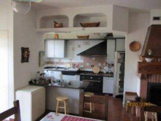 Foto 1 di Casa indipendente via Bagiarini, 28, Cunico