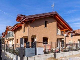 Foto 1 di Villa via Lanzo, Druento