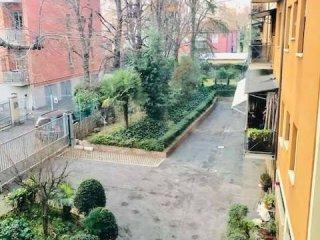 Foto 1 di Appartamento levanti, 8, Bologna (zona San Vitale - Massarenti)