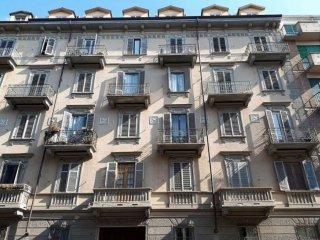 Foto 1 di Trilocale via CESANA, Torino (zona Cenisia, San Paolo)