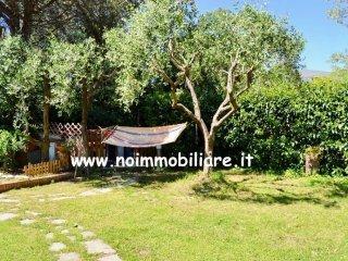 Foto 1 di Villetta a schiera via della Pineta, frazione Pineta di Arenzano, Arenzano