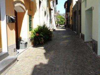 Foto 1 di Casa indipendente vico San Antonino, Villanova D'albenga