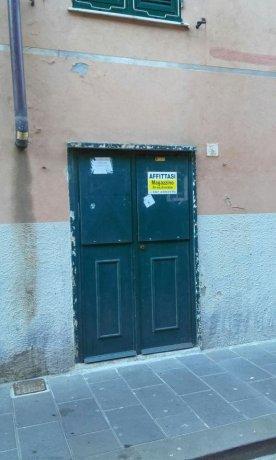 Foto 2 di Magazzino Via del Molo, Genova