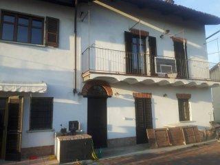 Foto 1 di Villa via San Paolo, Monasterolo Di Savigliano